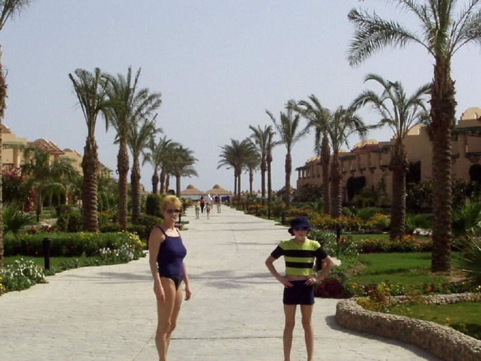 Weg zum Strand des Hotel Ali Baba Hotel Ali Baba Palace