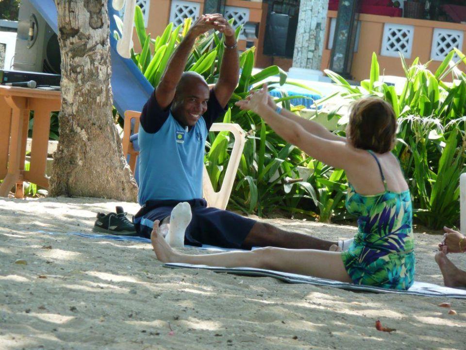 Animation - Stretching Hotel Capella Beach Resort  (geschlossen)