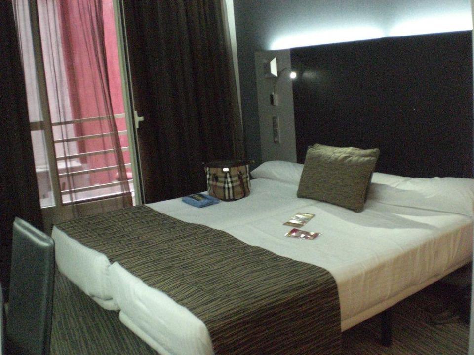 Zimmer 104 Petit Palace Plaza España
