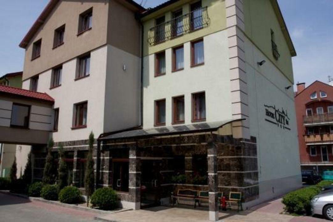 Wejście Hotel City SM Business & SPA