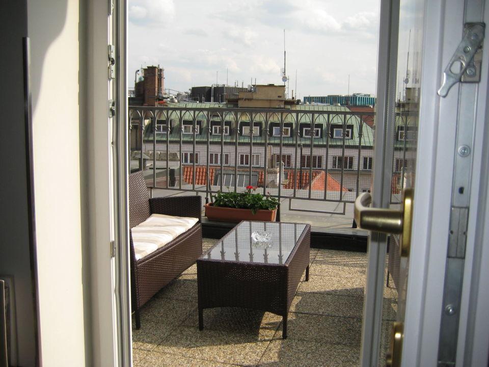 Blick Auf Terrasse Executive Zimmer 711 Grand Hotel Bohemia Prag