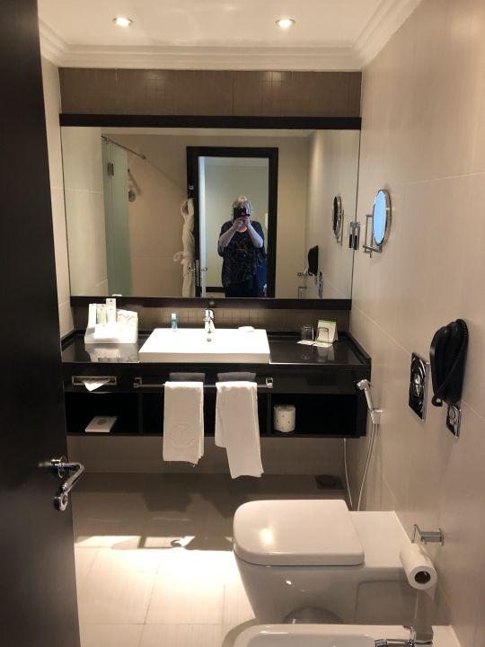 Zimmer Hotel Towers Rotana