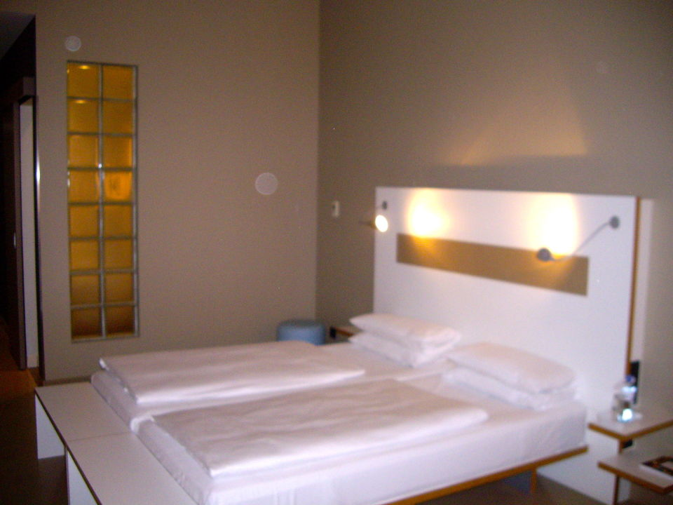 Bett ku 39 damm 101 design hotel berlin charlottenburg for Design hotel 101 berlin