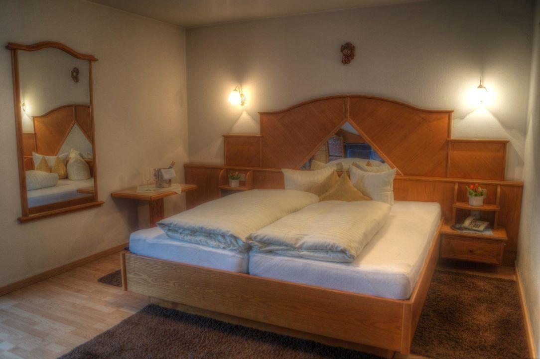 Wohnschlafzimmer Hotel Gurgltaler Hof