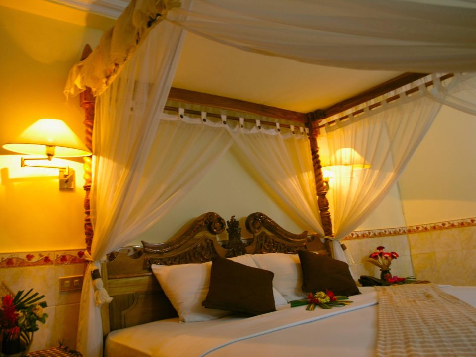 Deluxe Palm Beach Hotel Bali