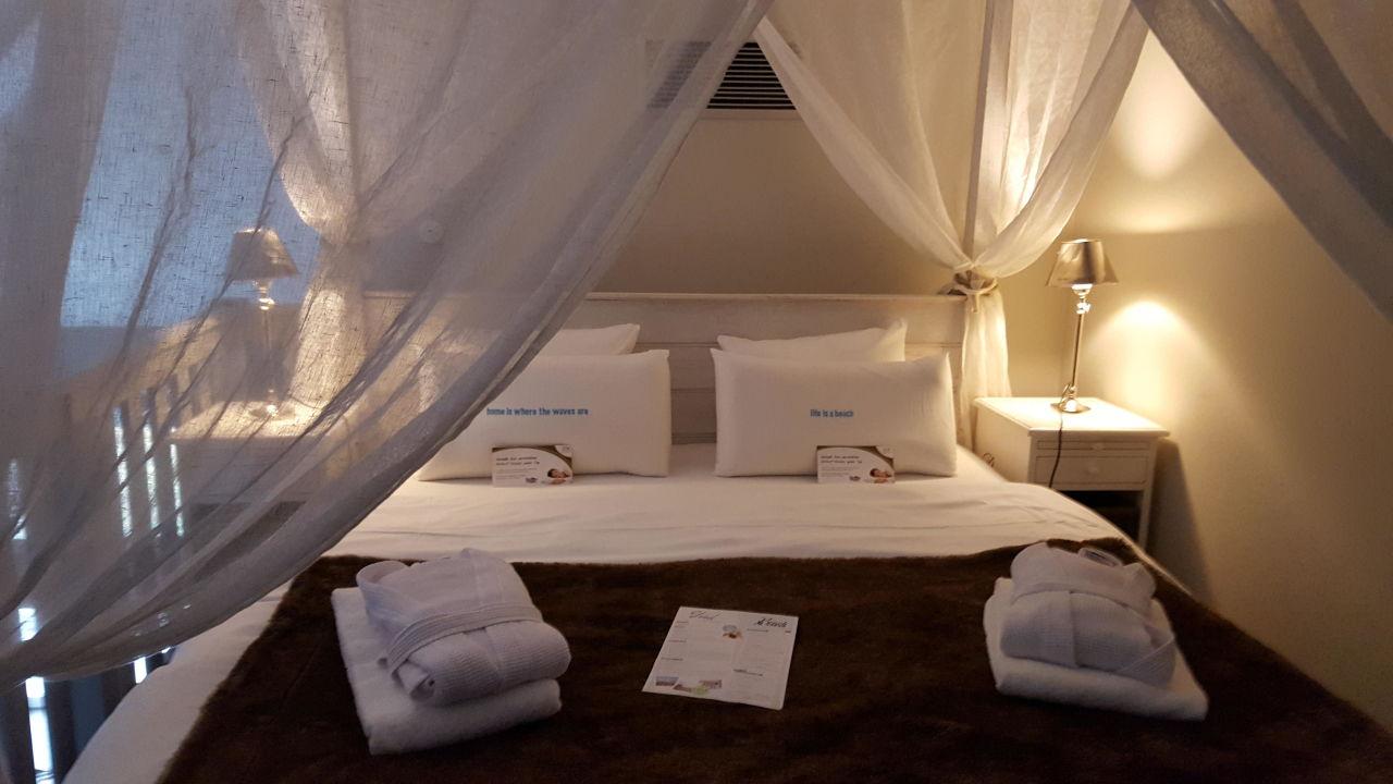 wundersch nes riviera maison himmelbett beach motel st peter ording st peter ording. Black Bedroom Furniture Sets. Home Design Ideas