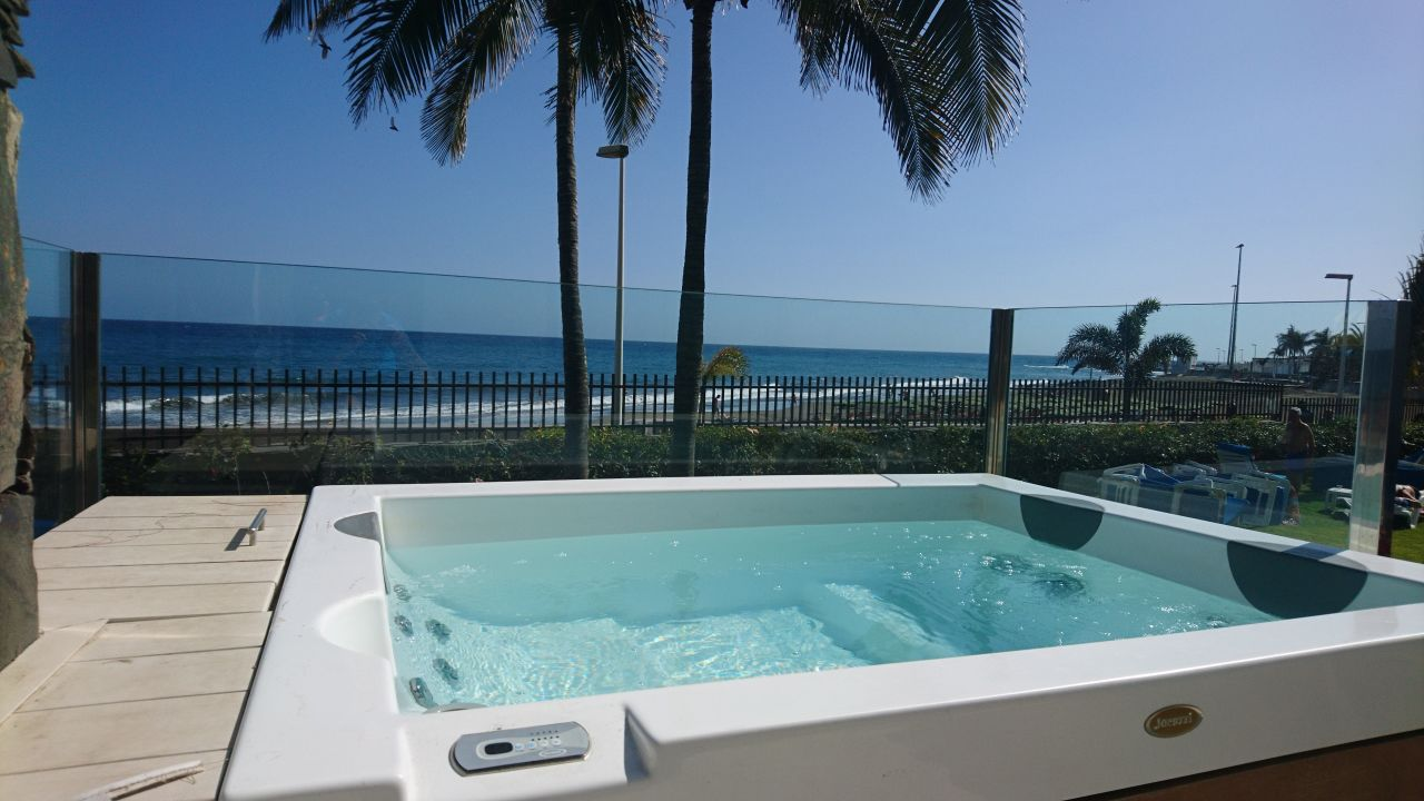 Bungalow mit eigenem Whirlpool  Bull Costa Canaria & Spa - Adults only