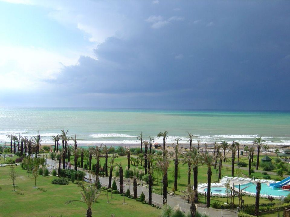 Gewitterfront Trendy Aspendos Beach Hotel