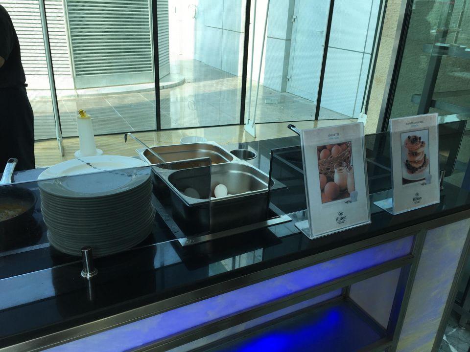 Waffeln und Pancakes Hilton Capital Grand Abu Dhabi
