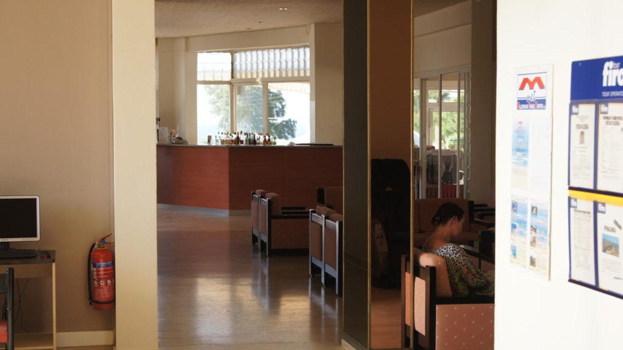 Lobby Cretan Filoxenia Beach Hotel  (geschlossen)