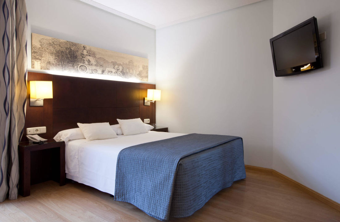 Bild habitacion doble uso individual zu hotel ganivet in for Habitacion doble