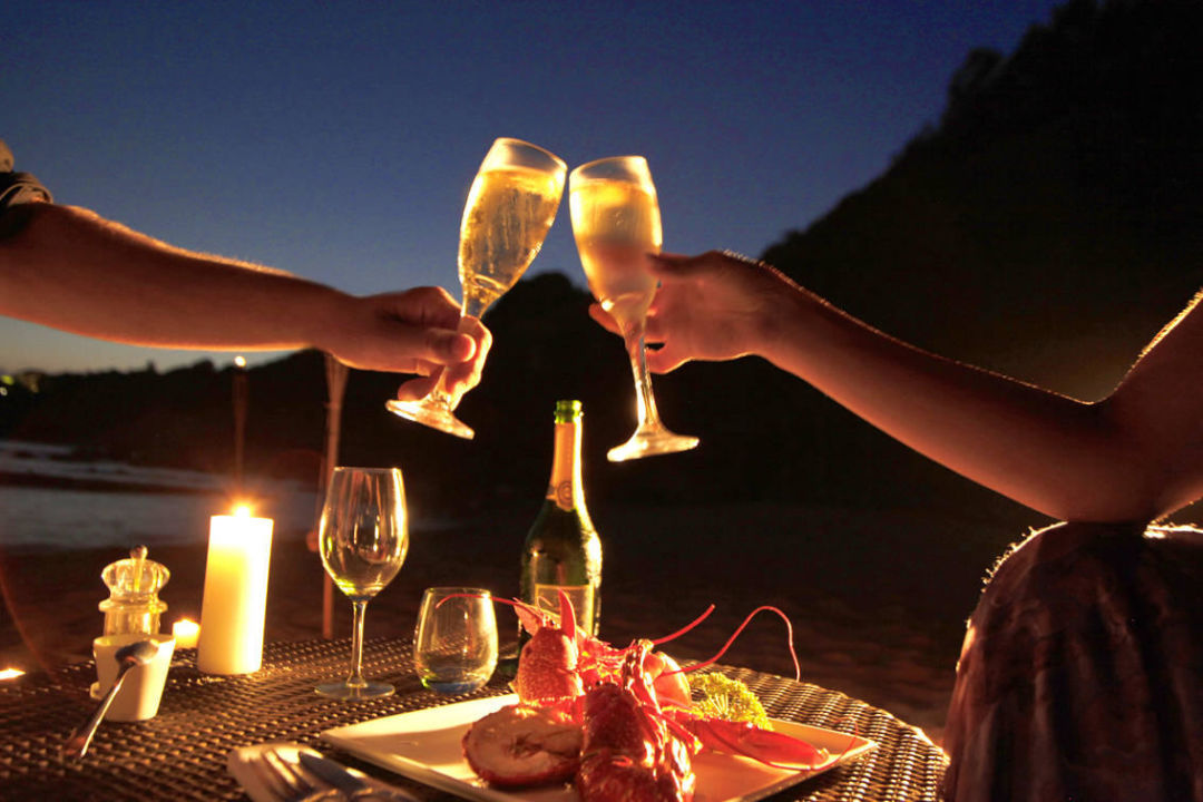 Dîner Romantique face à la mer Hotel Marinca