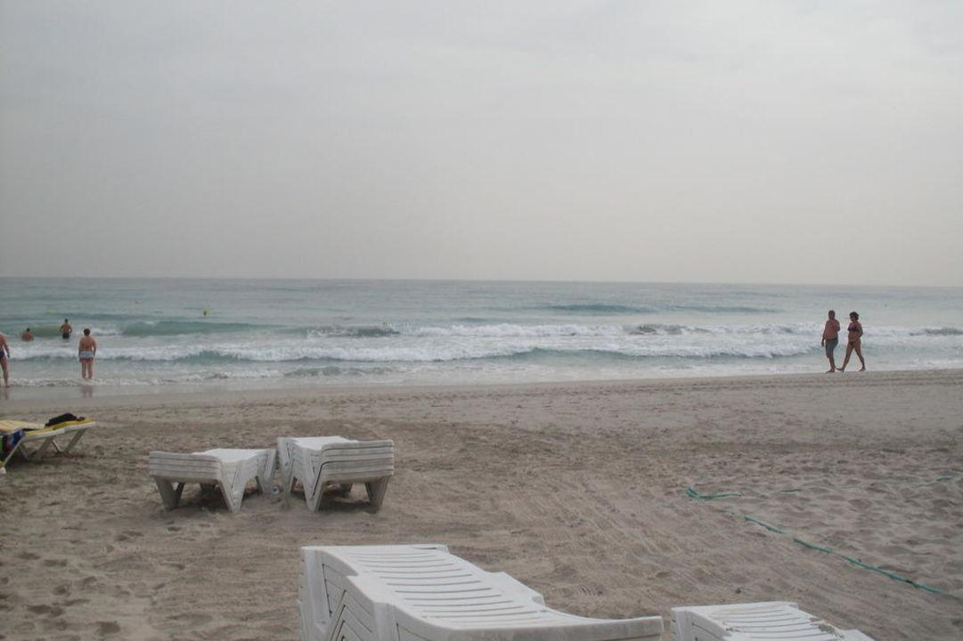 Strand circa 50 bis 80 Meter vom Hotel Hotel Thalassa Mahdia