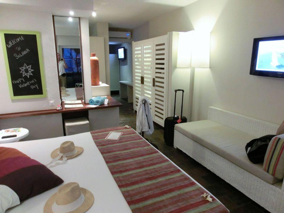 leider muffiger geruch im erdgescho zimmer hotel solana beach adults only belle mare. Black Bedroom Furniture Sets. Home Design Ideas