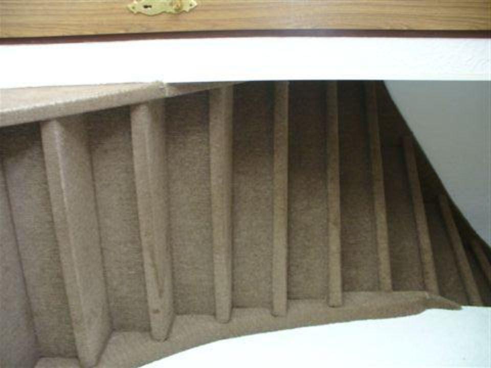 Treppen Ohne Geländer steile treppe ohne geländer apartments stegelshof eygelshoven