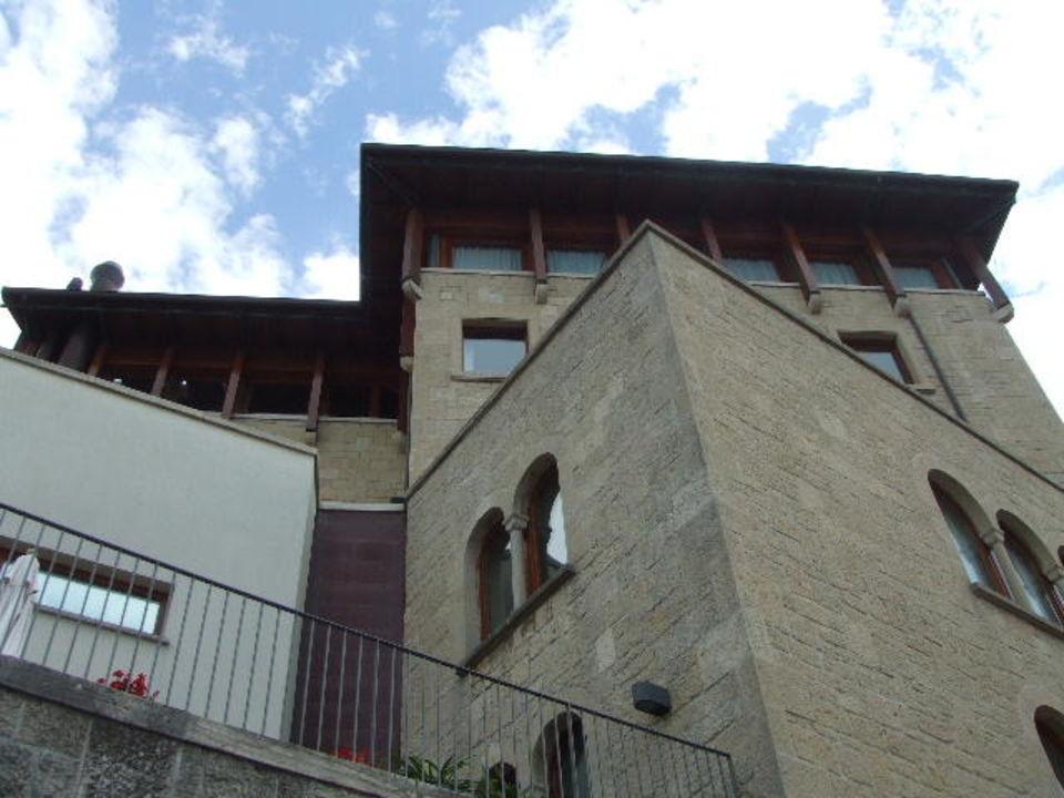 Außenansicht Hotel Seitengasse Hotel Cesare
