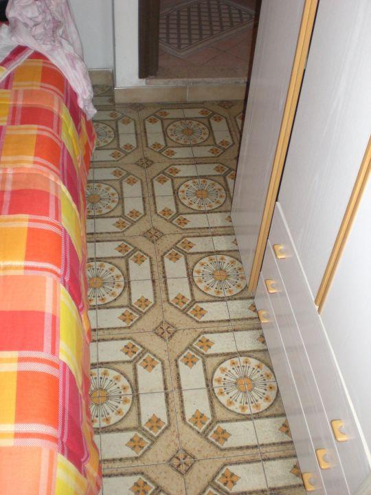 Neben dem Bett Hotel Petrarca