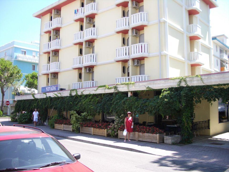 Hotel vom Eingang gesehen Hotel Nevada