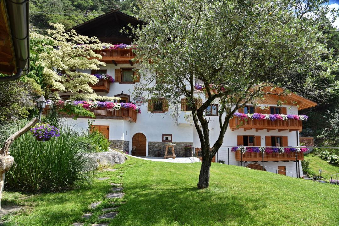 Außenansicht Hotel Blumenthalerhof