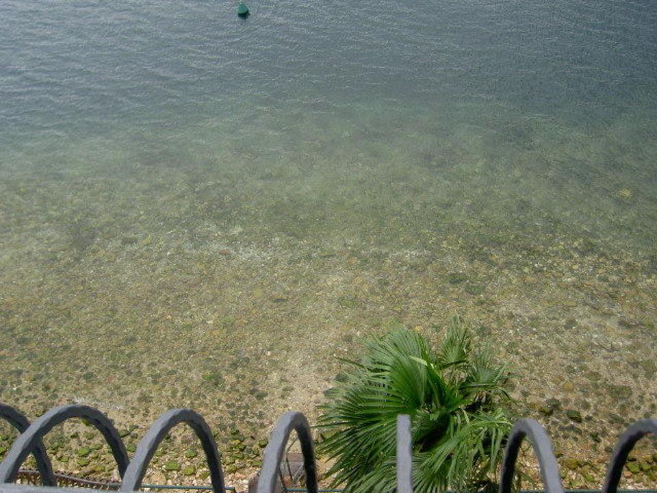 So klar ist hier das Wasser Hotel Venezia Malcesine