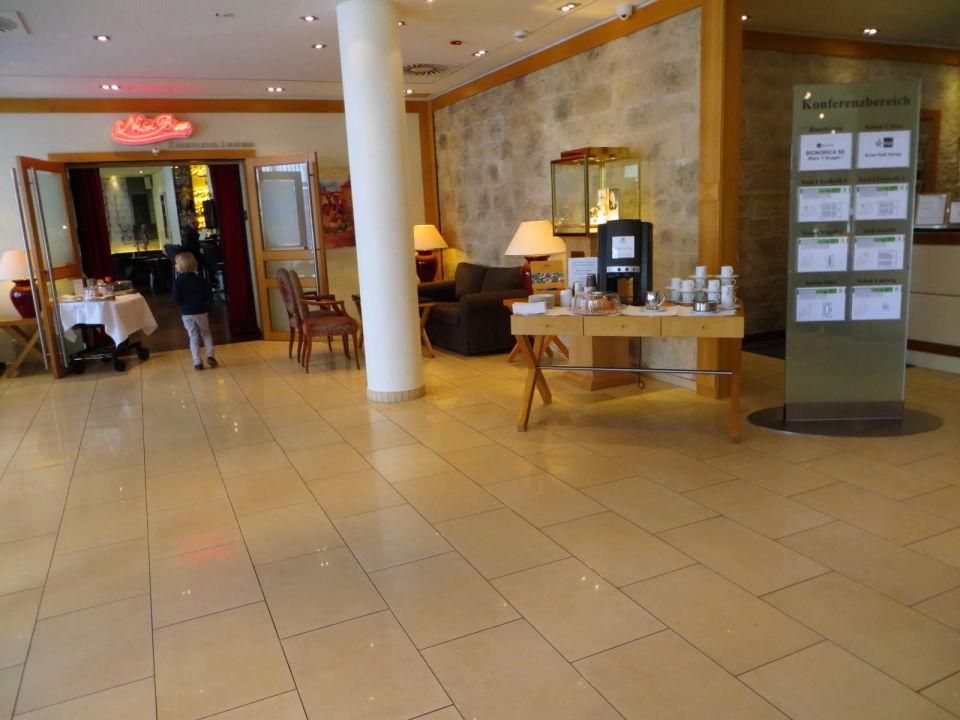Lobby, Zugang zur Bar Hotel Holiday Inn Nürnberg City Centre