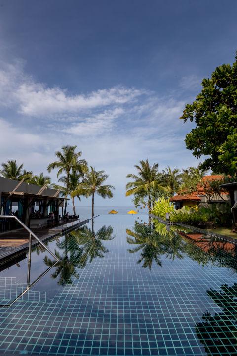 Quot Pool Quot Hotel Chong Fah Beach Resort Bang Niang Beach