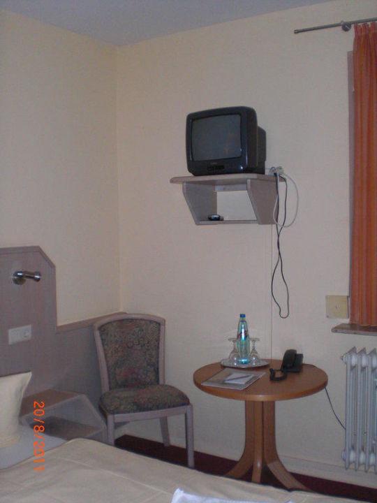 Der kleine, süße Fernseher Hotel Löwen