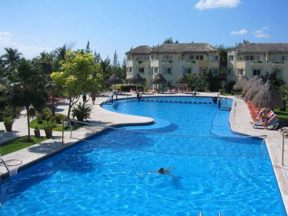 Pool rechts Sandos Caracol Eco Resort