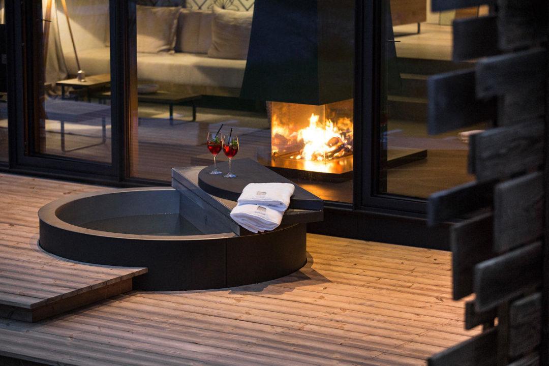 Freistehende badewanne in der gartensuite designhotel for Designhotel wiesergut