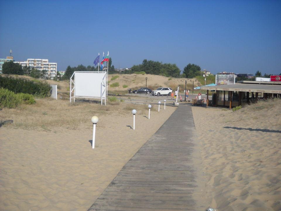 Dojcie na plażę Hotel Delfin
