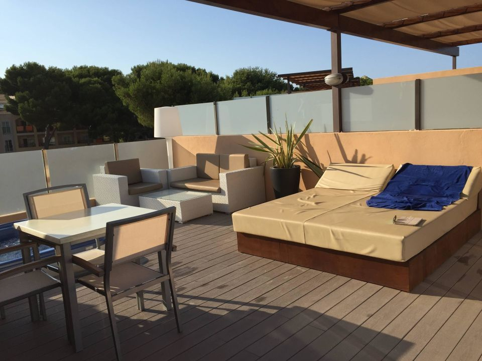 zimmer terrasse mit whirlpool zafiro cala mesquida cala mesquida holidaycheck mallorca. Black Bedroom Furniture Sets. Home Design Ideas