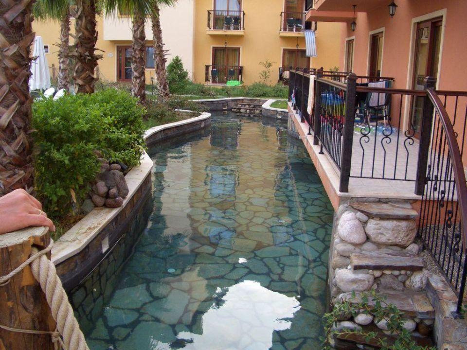 Flusslauf vom Pool Club Grand Aqua