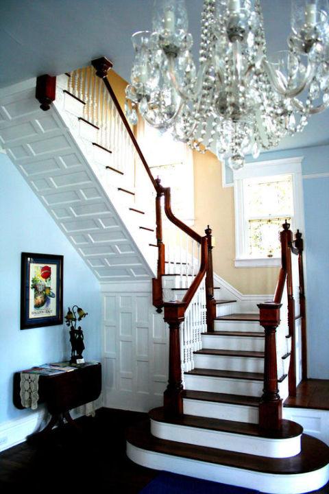 Stairway in entrance Bisland House Bed & Breakfast