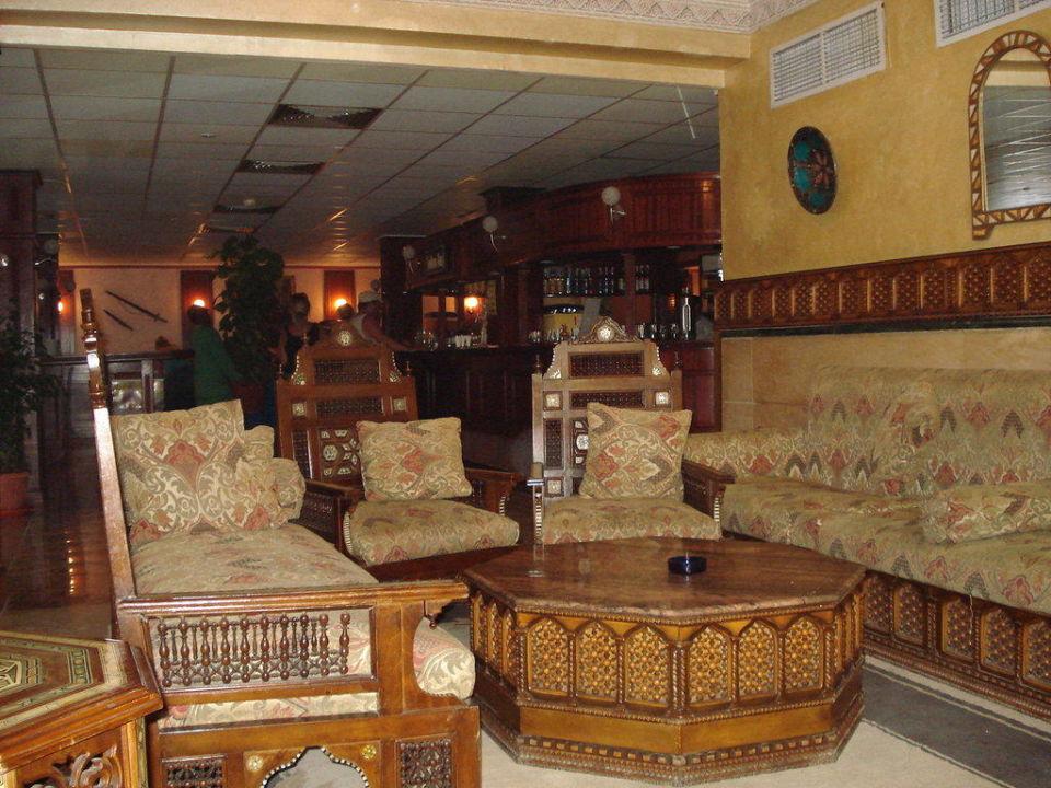 Sitzgelegenheit in der Lobby  Alf Leila Wa Leila