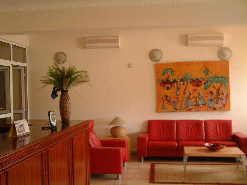 The hotel reception Palm Beach Resort