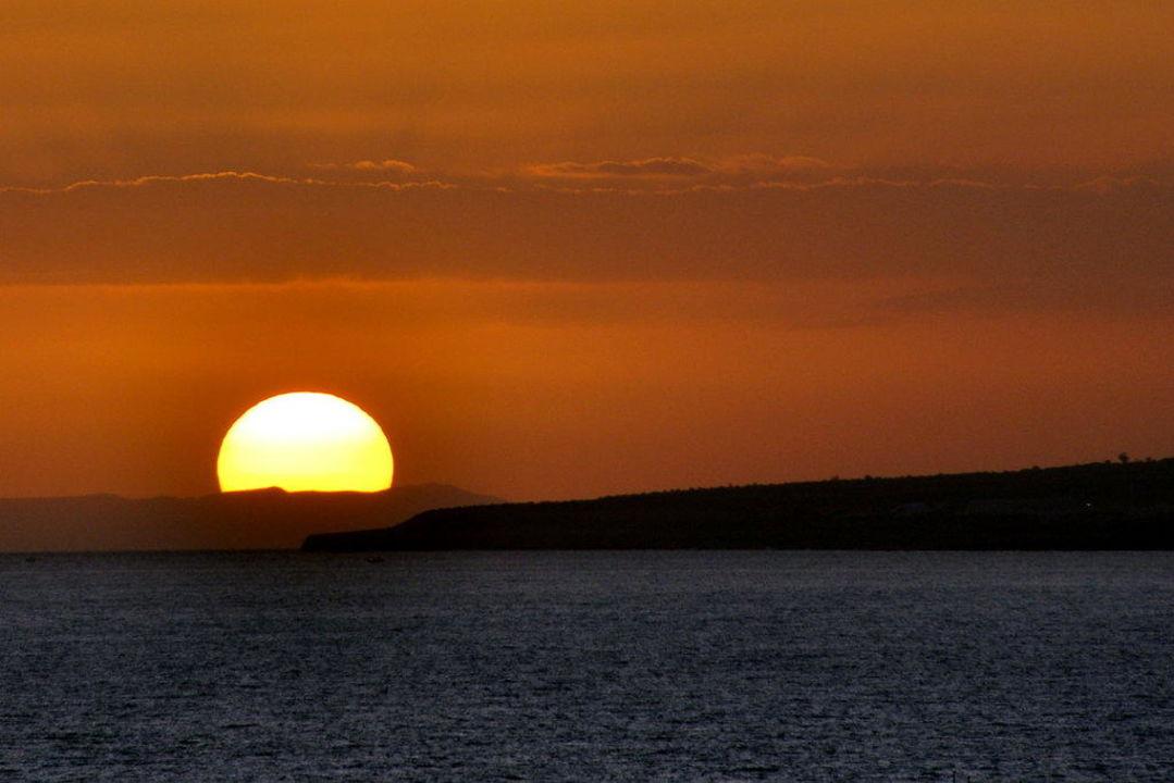 Wenn die Sonne untergeht Hotel Alion Beach