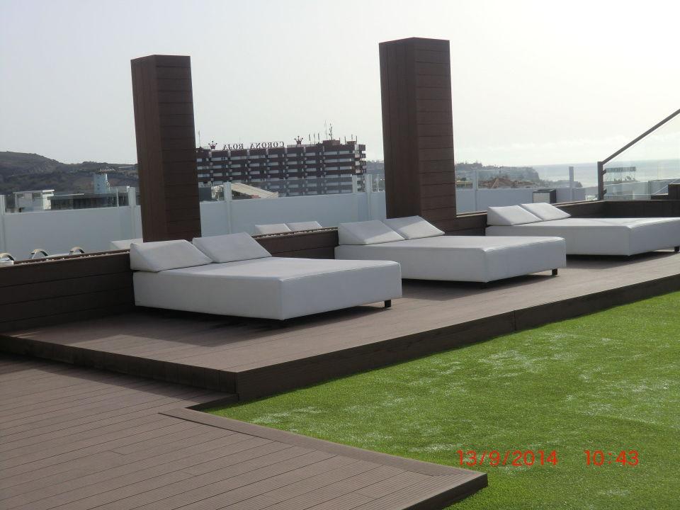 bild whirlpool auf der dachterrasse mit tollen ausblick zu hotel caserio in playa del ingles. Black Bedroom Furniture Sets. Home Design Ideas