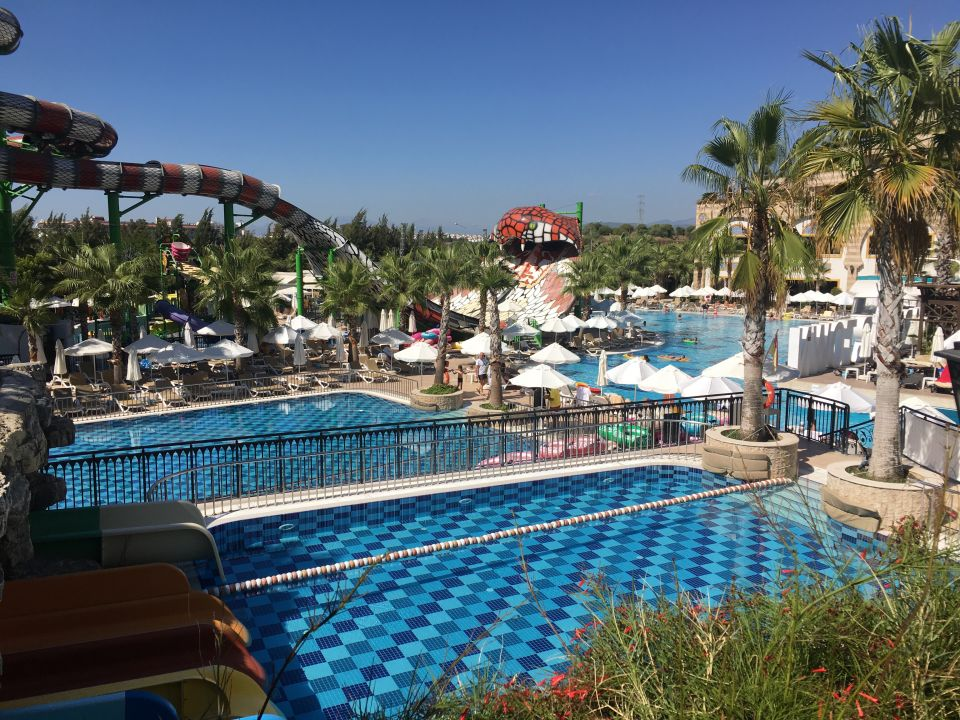 Crystal Hotel Luxury Resort Und Spa