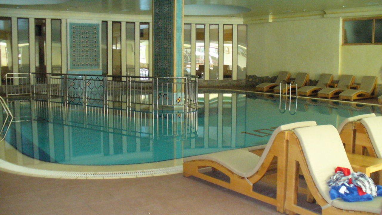 Bild schwimmbad kleines becken zu hotel defne star in side for Schwimmbad becken