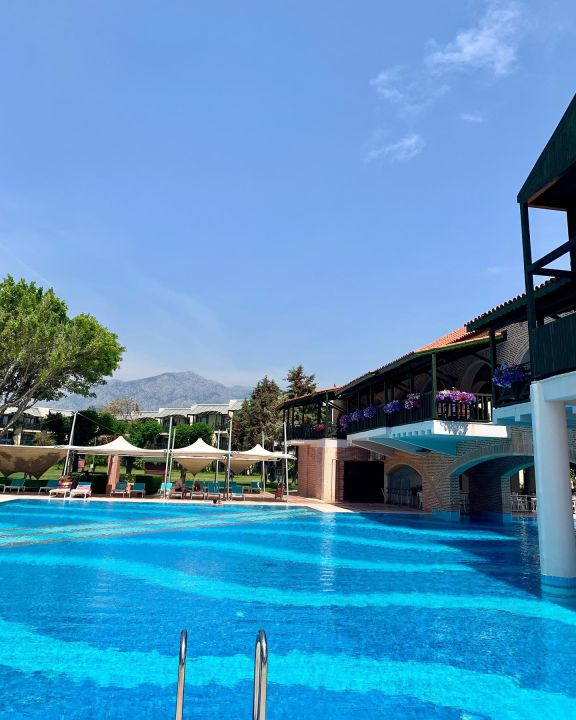 Pool Limak Limra Resort