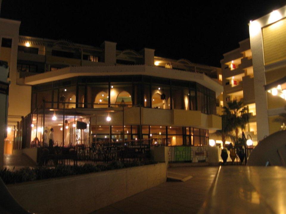 Restaurants von außen SUNRISE Holidays Resort (Im Umbau / Renovierung)