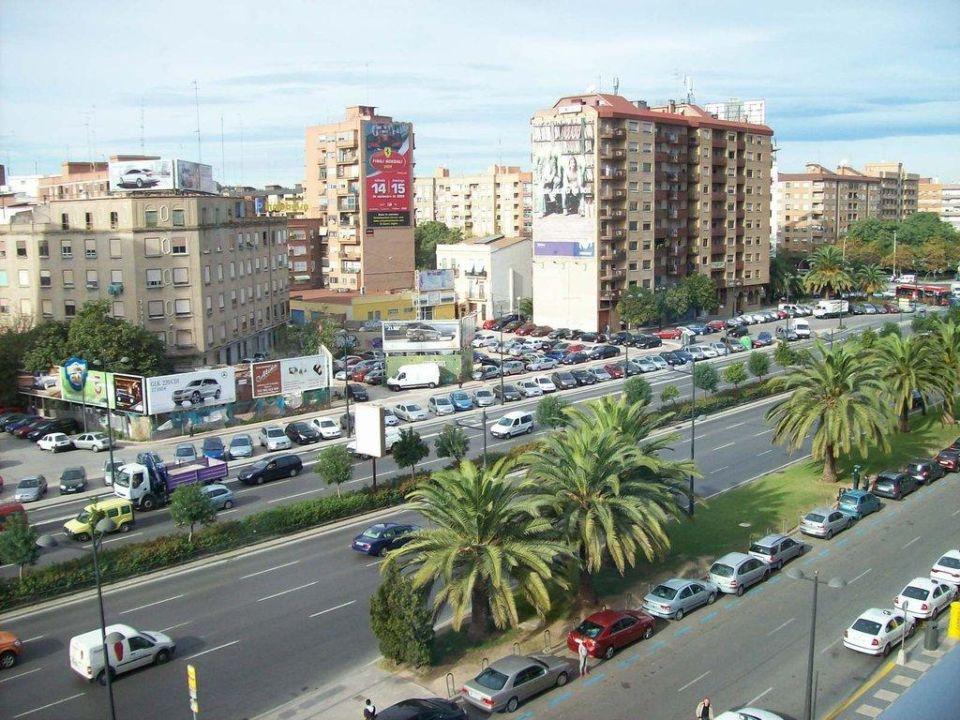 Blick vom Zimmer im 5. Stock Expo Hotel Valencia