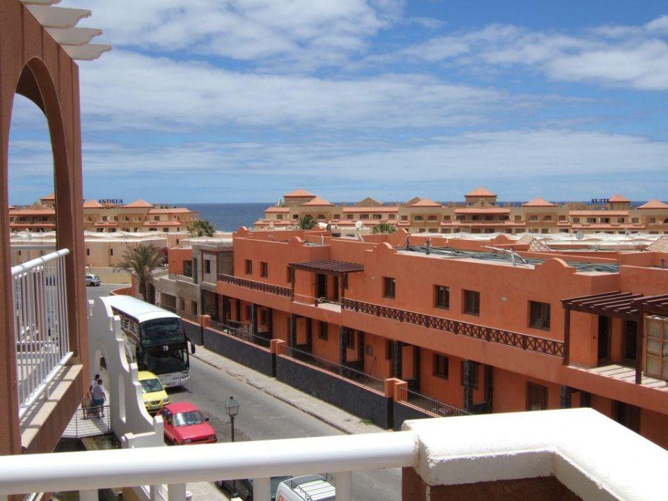 Costa Caleta, Blick vom Balkon Richtung Meer Chatur Hotel Costa Caleta