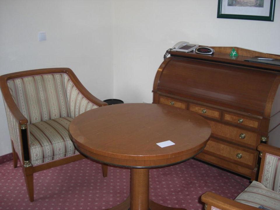Teil des Zimmers Hotel Deutschmeister