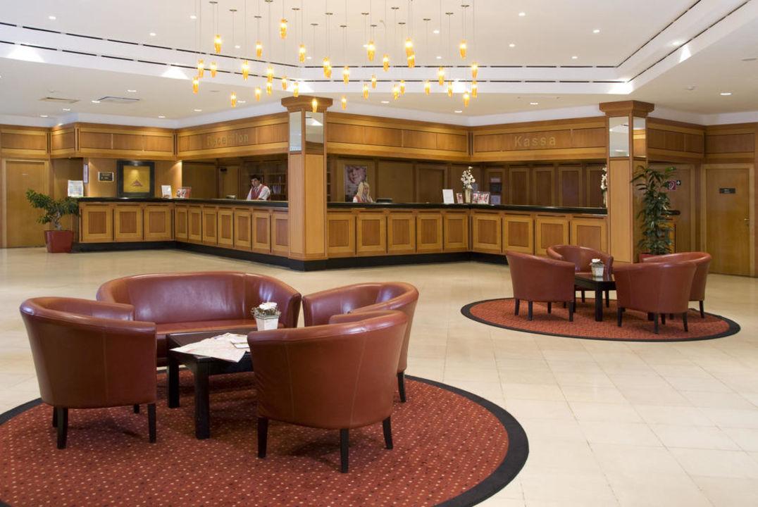 Hotellobby und Rezeption Austria Trend Hotel Bosei Wien