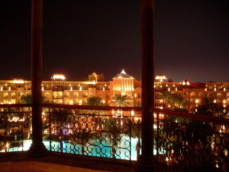 Bei Nacht The Grand Resort