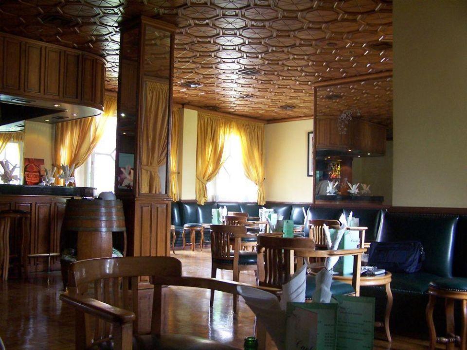 Bar przy recepcji Hotel Le Tivoli