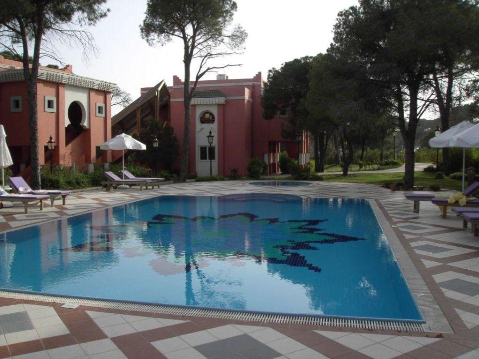 Petite piscine partie marek tui magic life belek in for Piscine 3 05 x 0 91