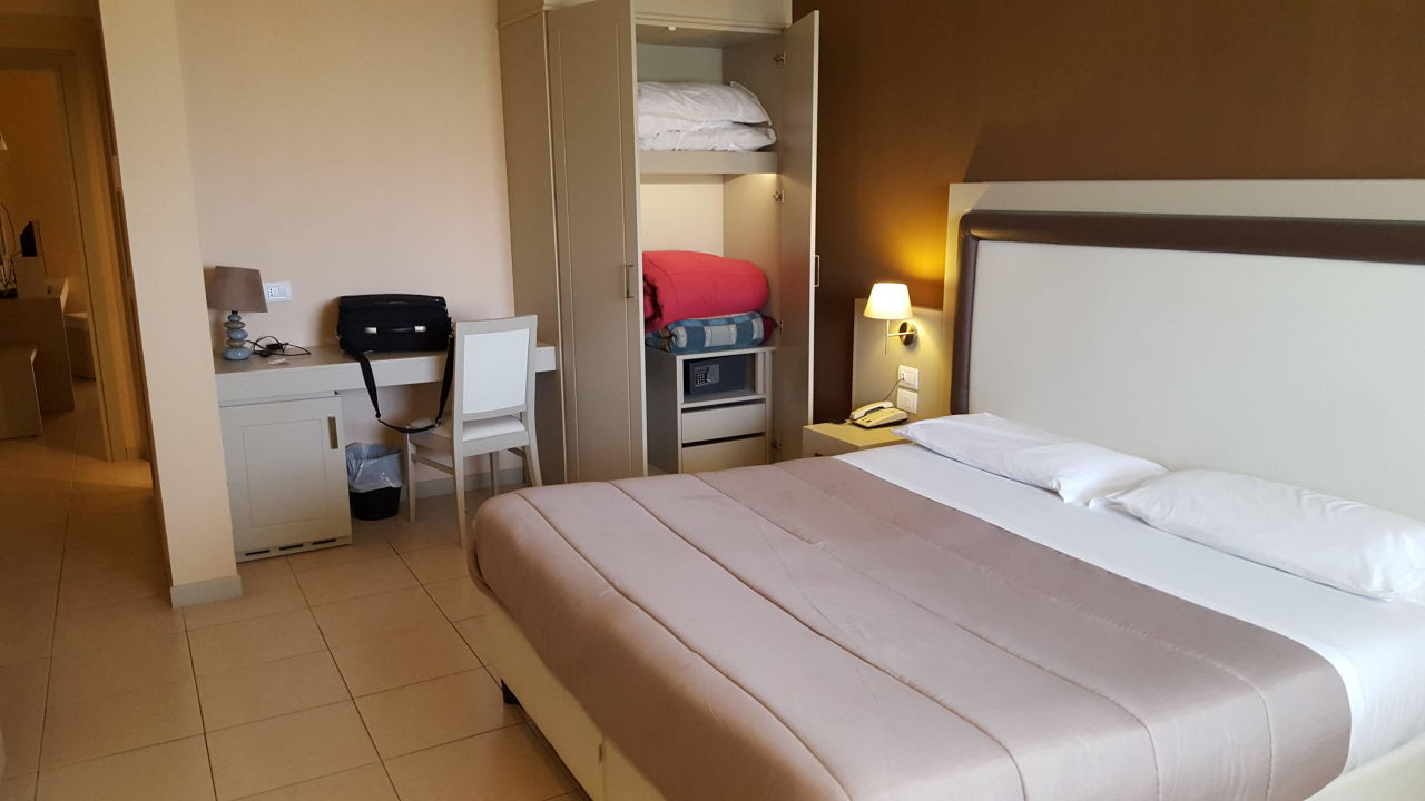 Tolle zimmer hotel residence valemare tropea for Tolle hotels