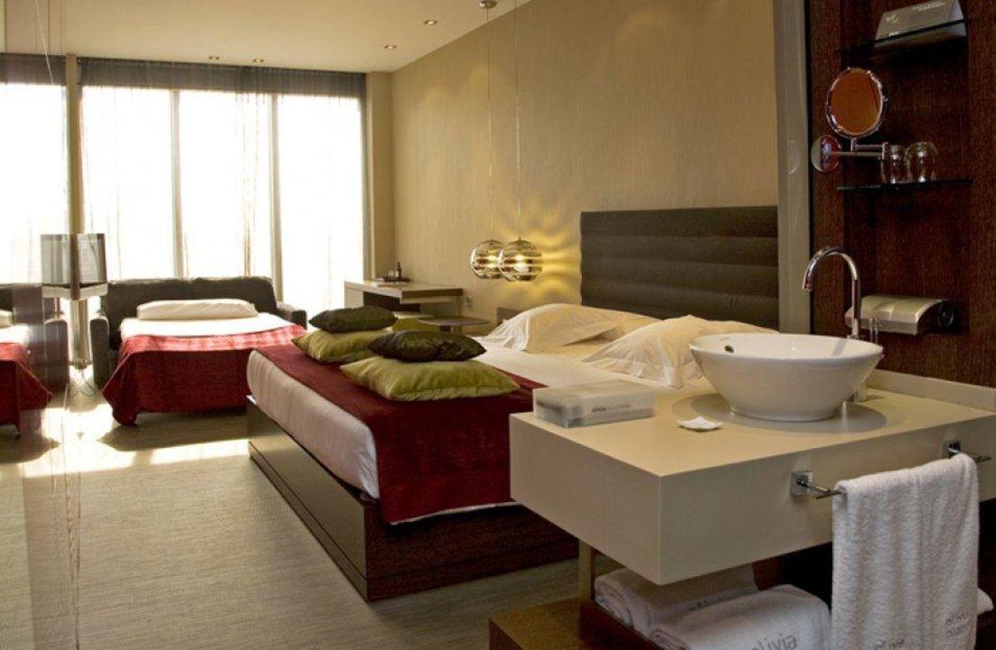 Room Hotel Olivia Plaza